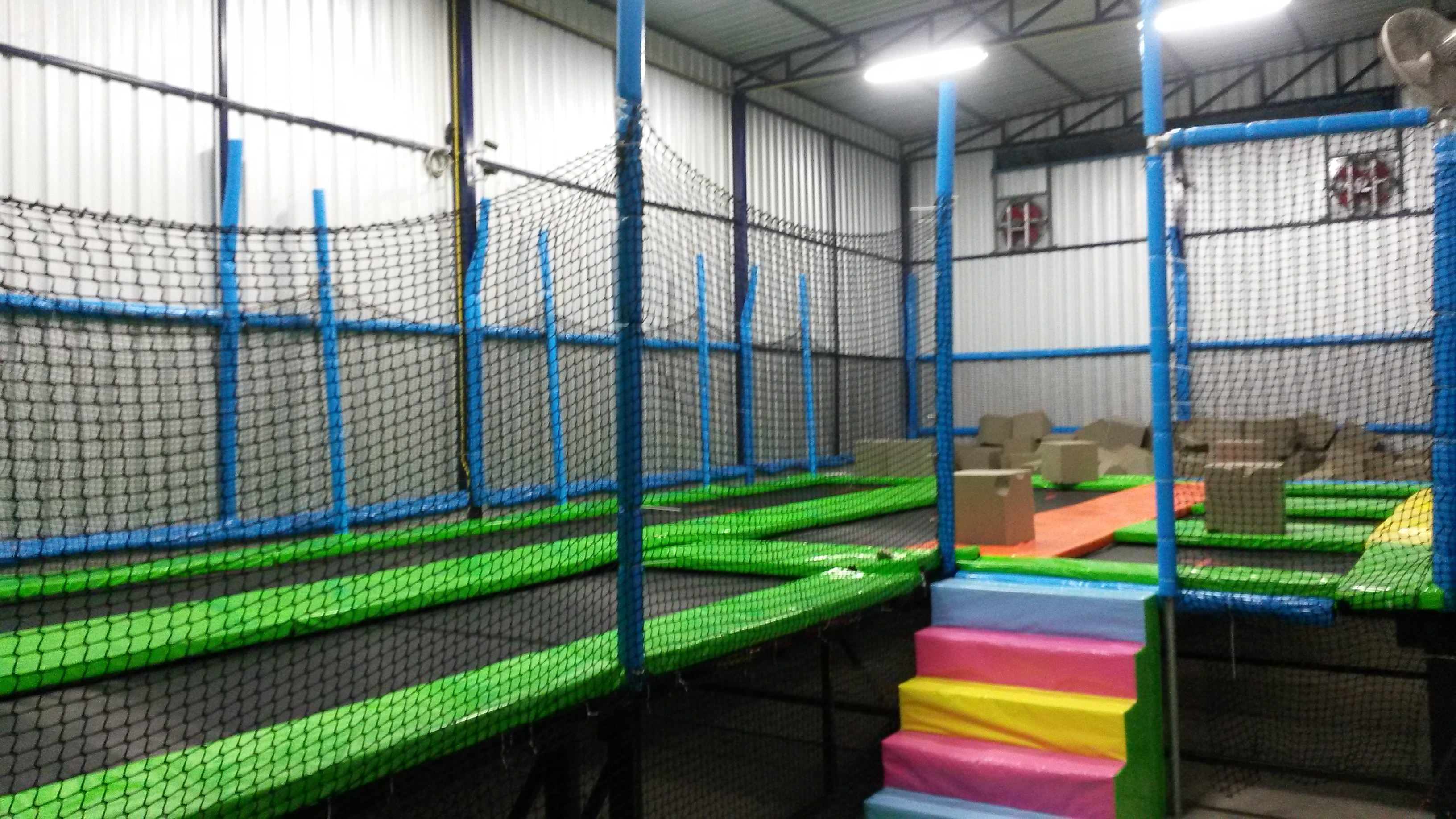 Trampoline room in house - Release Your Inner Child At This Incredibly Fun Trampoline Park The Only One Of Its Kind In Bangkok Not Only Is It An Hour Of Laughs And Amusement
